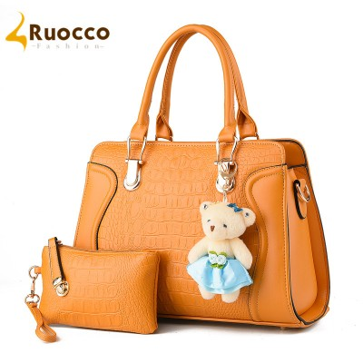hot sell 2017  Women Composite Bag competive price 2pcsSet  Handbags popular smile bear Messenger Bags women Shoulder bag