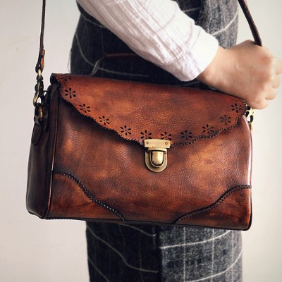 New 2017 Retro Hollow Out Flap Genuine Leather Single Shoulder Hasp Bags Vintage Womens Real Cow Natural Brand Crossbody Bag