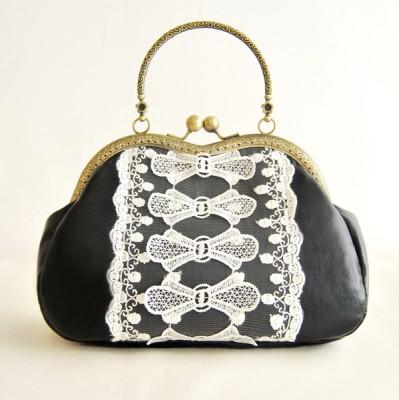 Princess Gothic lolita bag Original pure handmade hard Handbag Black Lace bow bow sweet lady chain shell bag  b0020
