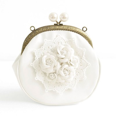 Princess Gothic lolita bag Original handmade super sweet Lace Flower Fairies packet stereo Vintage pearl buckle purse b0023