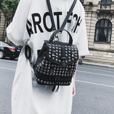 2019 Hot Sale Diamonds Women Small Backpacks Causal bags Rivet Female shoulder bag PU Leather Backpack for Girls