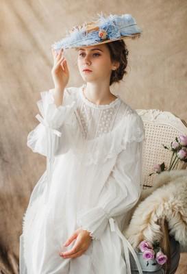 Women Ladies Victorian Style Long Sleeve Vintage White Solid Lace Nightgown Plus Size Sleepwear Lingerie Dress Plus Size