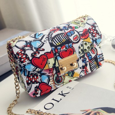 2017 New Women Bags Summer Graffiti Ladies designer handbags high quality chain mini bag women messenger bags for women Clutch