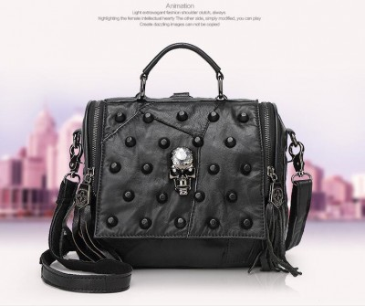 Women Gothic Black Skull Rivet Sheep Gunuine Leather Fashion Tote Bag One Shoulder Bag with Tassels