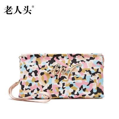 Famous brands top quality dermis women bag  2019 summer fashion Camo Clutch Wallet Leisure Mini wrist bag