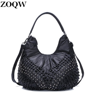 2017 Women Punk Messenger Shoulder Bags Rivet Handbag Shoulder Bags Designer Large Capacity Ladies Fashion Punk Rivet Bags