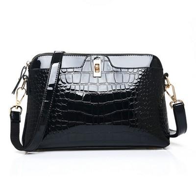 New Crocodile Embossed Women Messenger Bag Patent Leather Women Handbag Crossbody Shell Bag Switch Lock Zipper High Quality