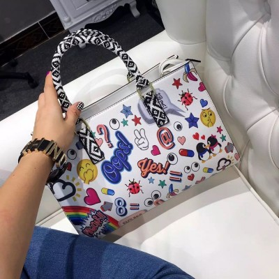 2019 new arrival summer fashion girls women handbags black and white owl bags colorful drawing bag with match handle