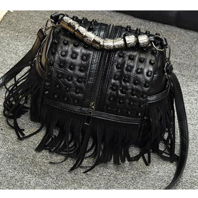 New Design Fashion Sheepskin & Pu Leather Tassel Shoulder Bags Women Casual Punk Rock Handbags Rivets Messenger Bag Lady Totes