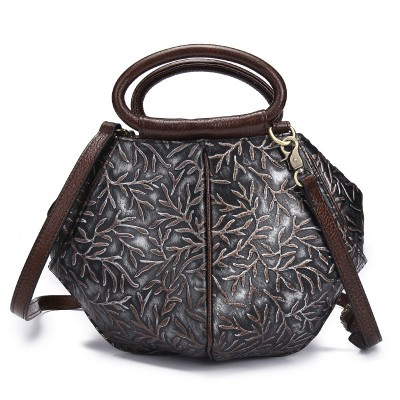 2019 New Fashion Women Shell Handbag Genuine Leather Shoulder Bag Embossed Flower Vintage Retro Bag Ladies National Medium Tote