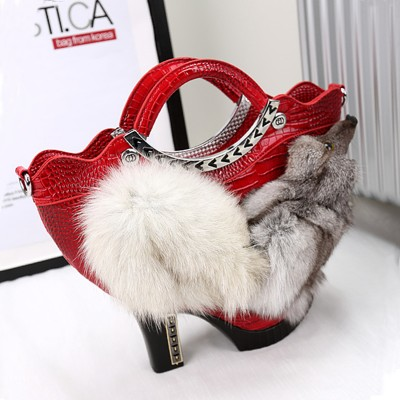 2019 New Womens Unique High Heel Shoes Design Luxury Rhinestone Handbag Handmade Beaded Bag Cross Body Fox Fur Geometric Bags