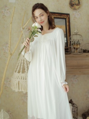 New White Sleepwear Women Homewear Dress Medieval Retro European Nightgown Autumn Loose Nightdress Pregnant 2 color
