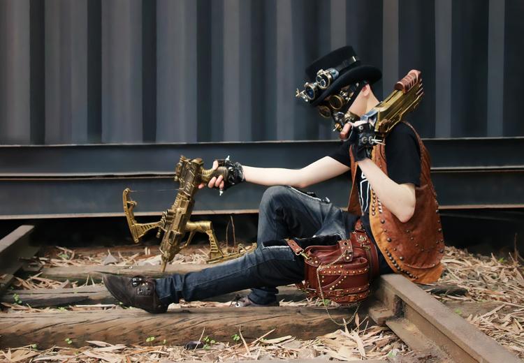 steampunk-thigh-waist-belt-bag-03.jpg