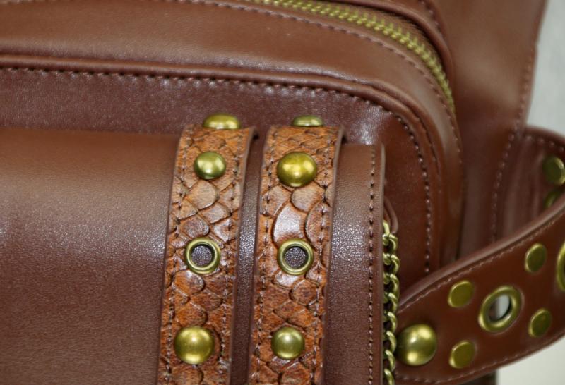 steampunk-thigh-waist-belt-bag-06.jpg