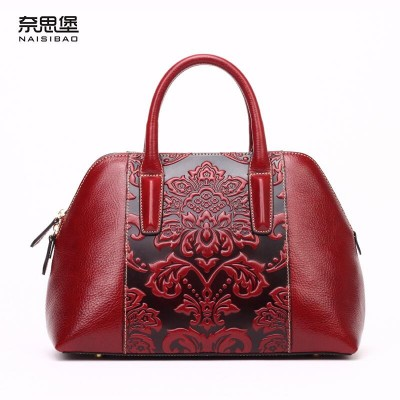 2019 New women genuine leather bag famous brands retro embossing shell bag top quality women leather handbags shoulder bag