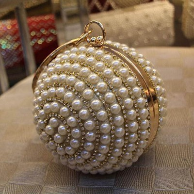 Hot 2019 round shape clutch bag silver diamond evening bags 100% handmade pearls women bag wedding bridal purse Wristlet bag