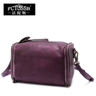 2017 Genuine Leather Vintage Leisure Shoulder Bag Cow Leather High-capacity Casual Messenger Bag Pillow